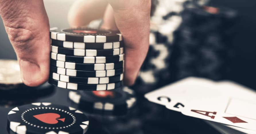 5 Biggest Differences Between Poker and Blackjack